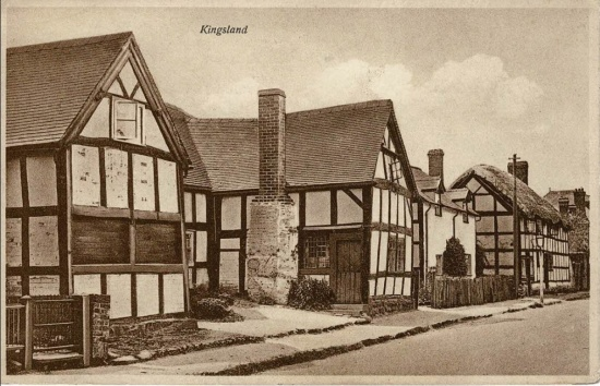 24 Longford, Greycoat and Longford Cottage (now Markham's garage)